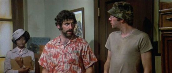 Elliot Gould and Donald Sutherland in M*A*S*H